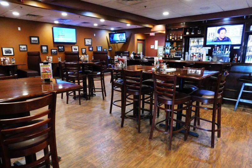 Governors' days inn Casselton ND pub