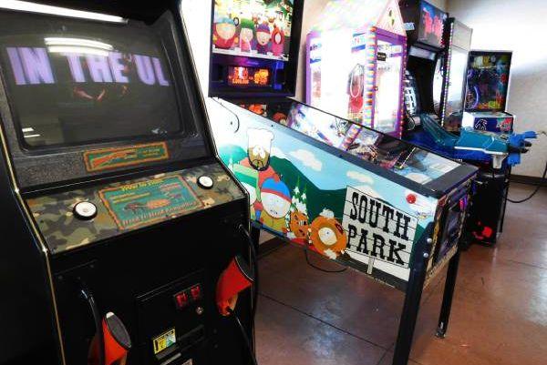 Governors' Inn Arcade days inn Casselton ND arcade play