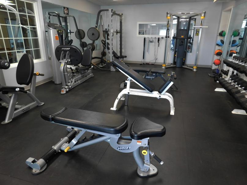 governors' Inn fitness center