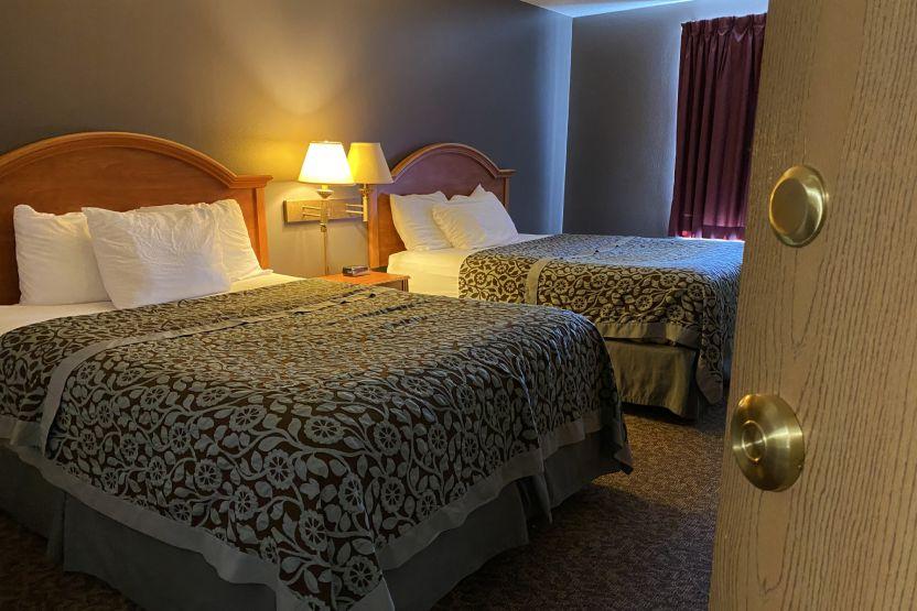 Governors' Inn days inn Casselton ND double room